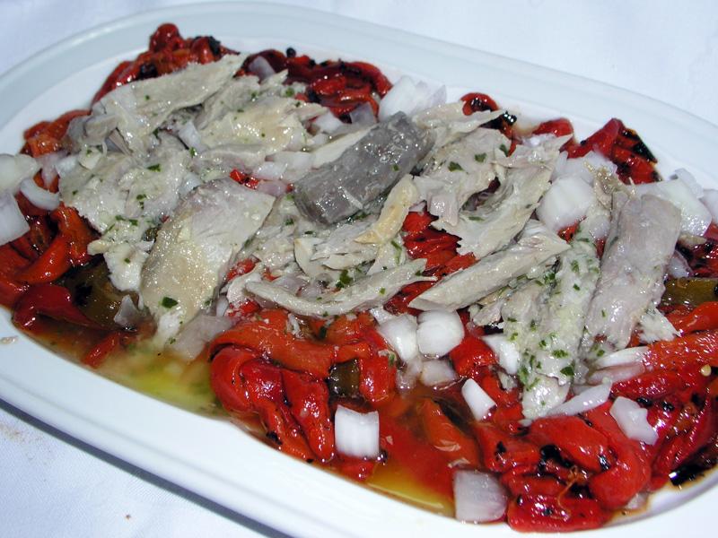 Pimentá con ventresca de atún